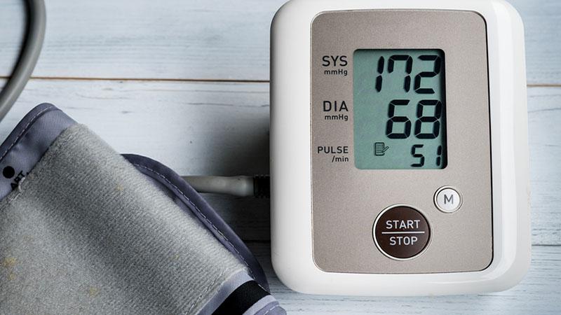 magas vérnyomás 1 fokos kockázatok a hipertónia kialakulásának kockázata
