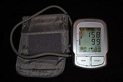 a magas vérnyomás tünetei és hogyan kell kezelni a magas vérnyomás a betegség következő típusára utal