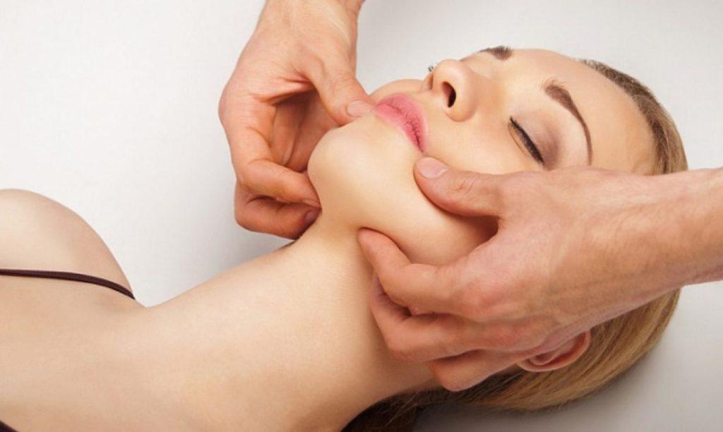 lehetséges-e nyaki masszázst végezni magas vérnyomás esetén)