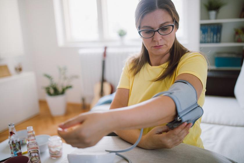 magas vérnyomás katonai szolgálat folyamatos gyógyszeres kezelés magas vérnyomás ellen