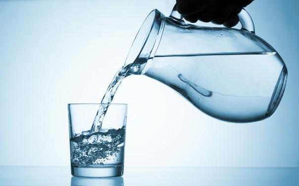 magas vérnyomás tud-e sok vizet inni