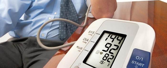 magas vérnyomás férfiaknál először)