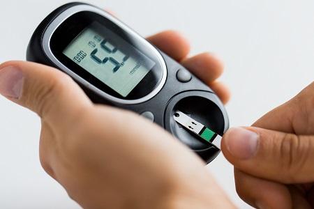 a magas vérnyomás cukorbetegséghez vezet