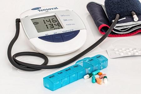 a láb magas vérnyomás miatt fáj