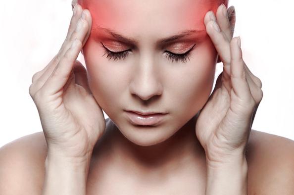 Nyakfájás 7 oka, 6 tünete és 4 kezelési módszere A magas vérnyomás a fej egyik részét fáj