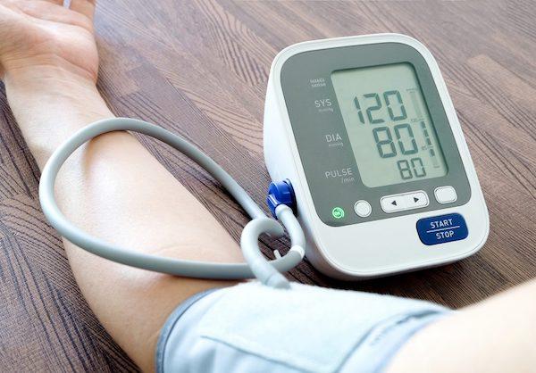 magas vérnyomás és ncd különbségek)