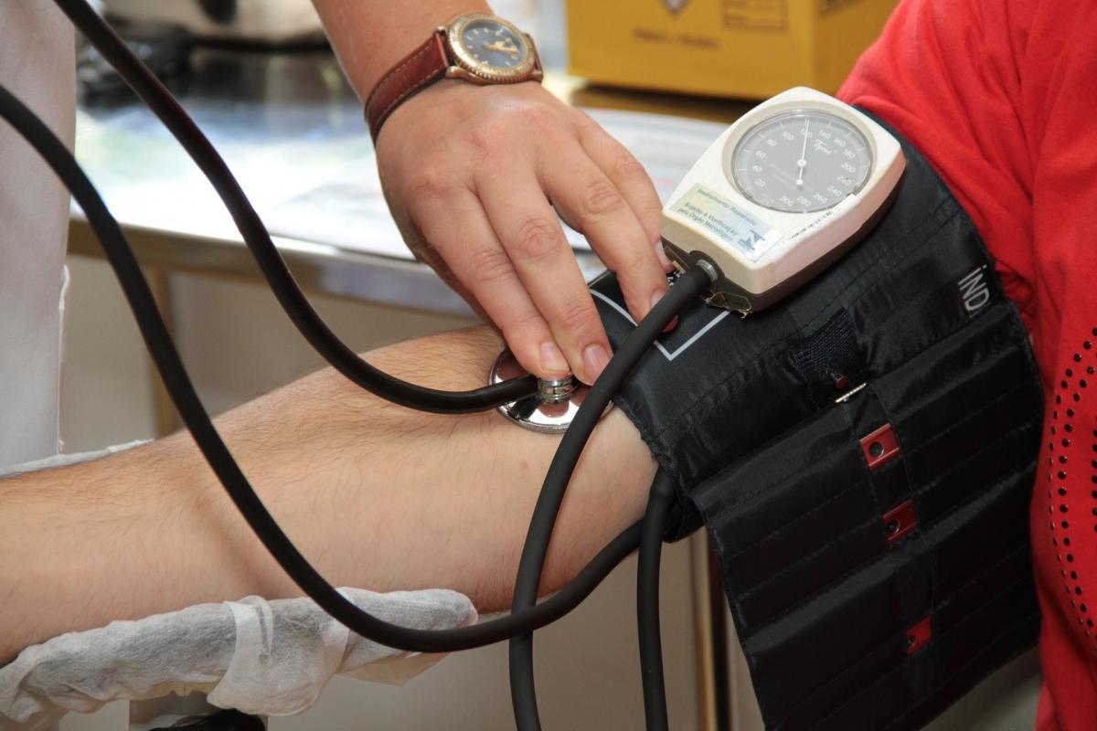 magas vérnyomás első megnyilvánulásai)