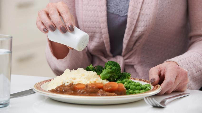 hogyan segít a só a magas vérnyomásban)