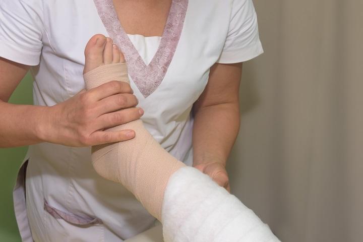 a karok és a lábak remegése magas vérnyomásban)