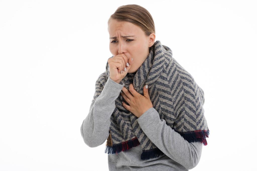 magas vérnyomás csomó a torokban köhögés első fokú magas vérnyomás miből