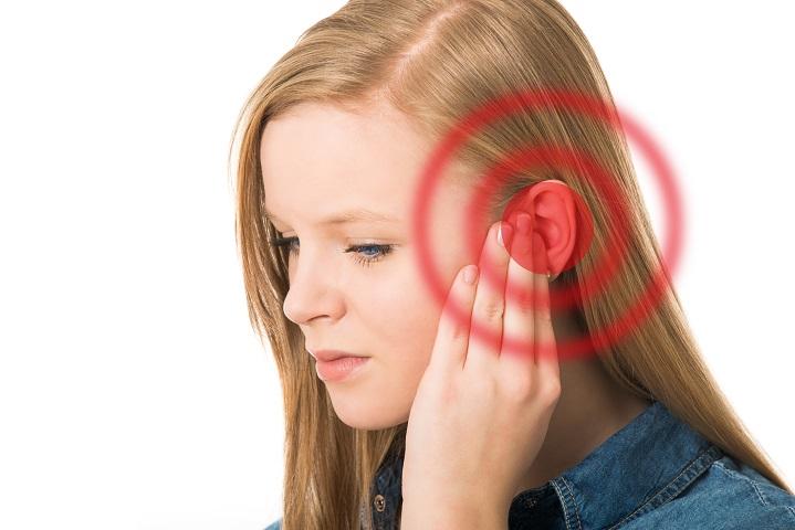 zaj a fülekben és a fejben magas vérnyomás esetén)