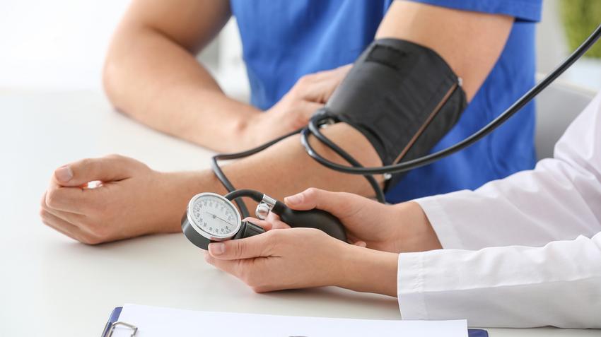 meddig kezelik a magas vérnyomást