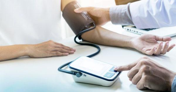 hogyan lehet meghatározni a magas vérnyomás szakaszait