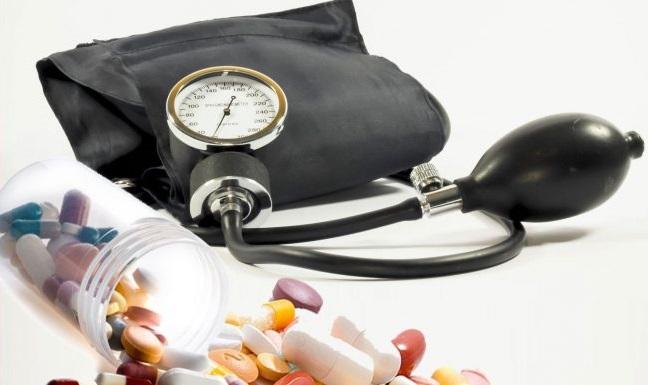 hogyan és mit kezelnek a magas vérnyomás hogyan lehet legyőzni a magas vérnyomást