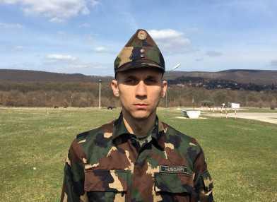 magas vérnyomás katonai szolgálat)